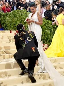 2-Chainz-proposal-met-gala-2