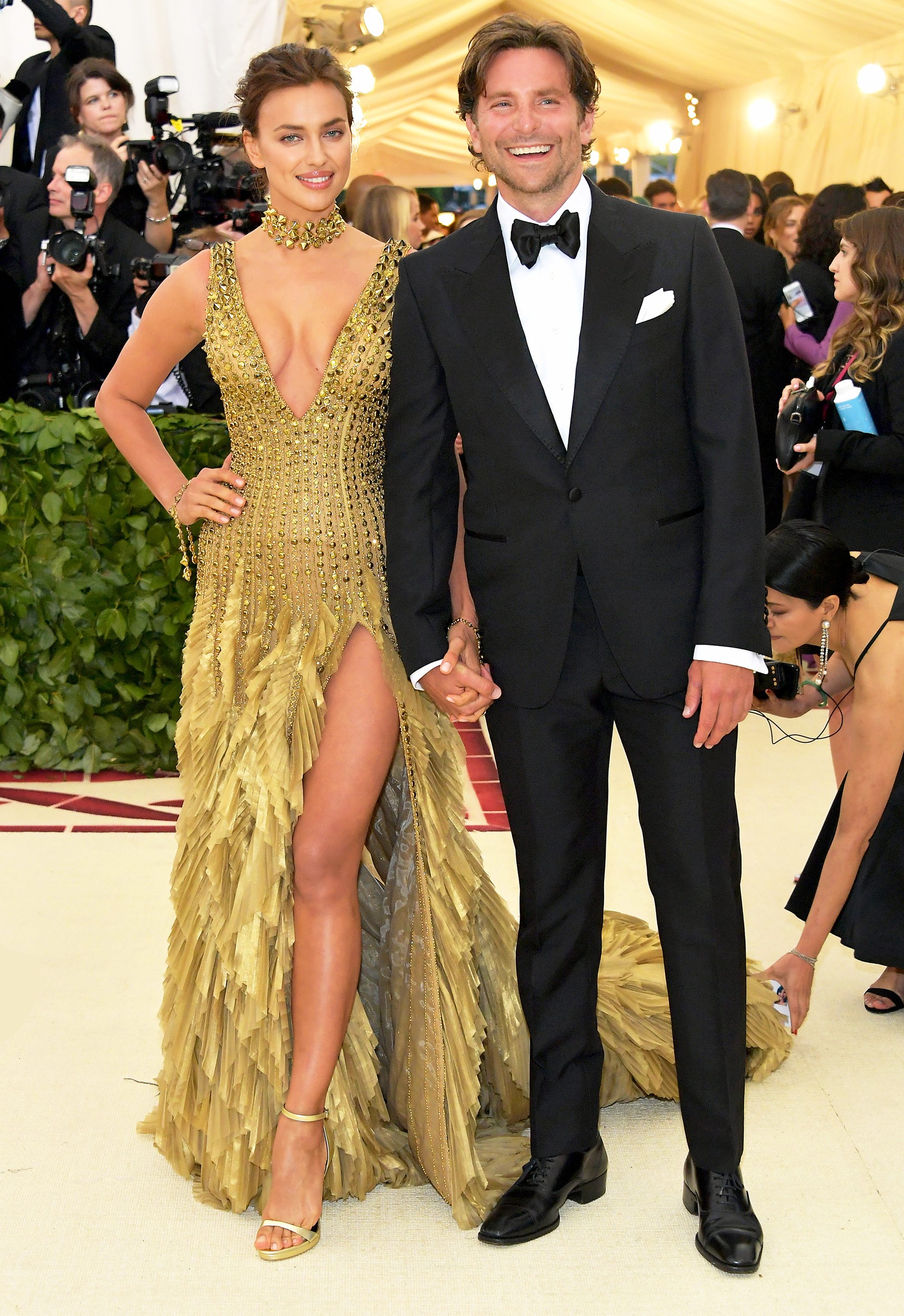 Bradley Cooper Irina Shayk Make Rare Appearance At Met Gala Photo