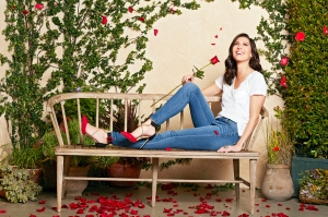 Becca Kufrin The Bachelorette Engaged