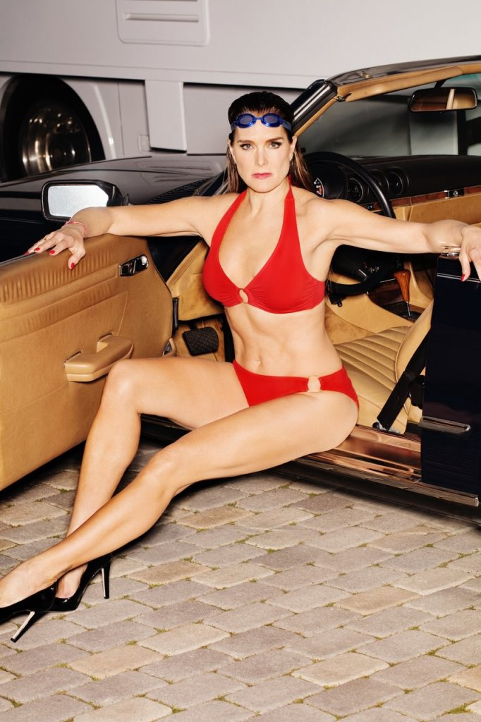 e10dc1d979 Ashley Graham, Brooke Shields Pose for Swimsuits for All Campaign