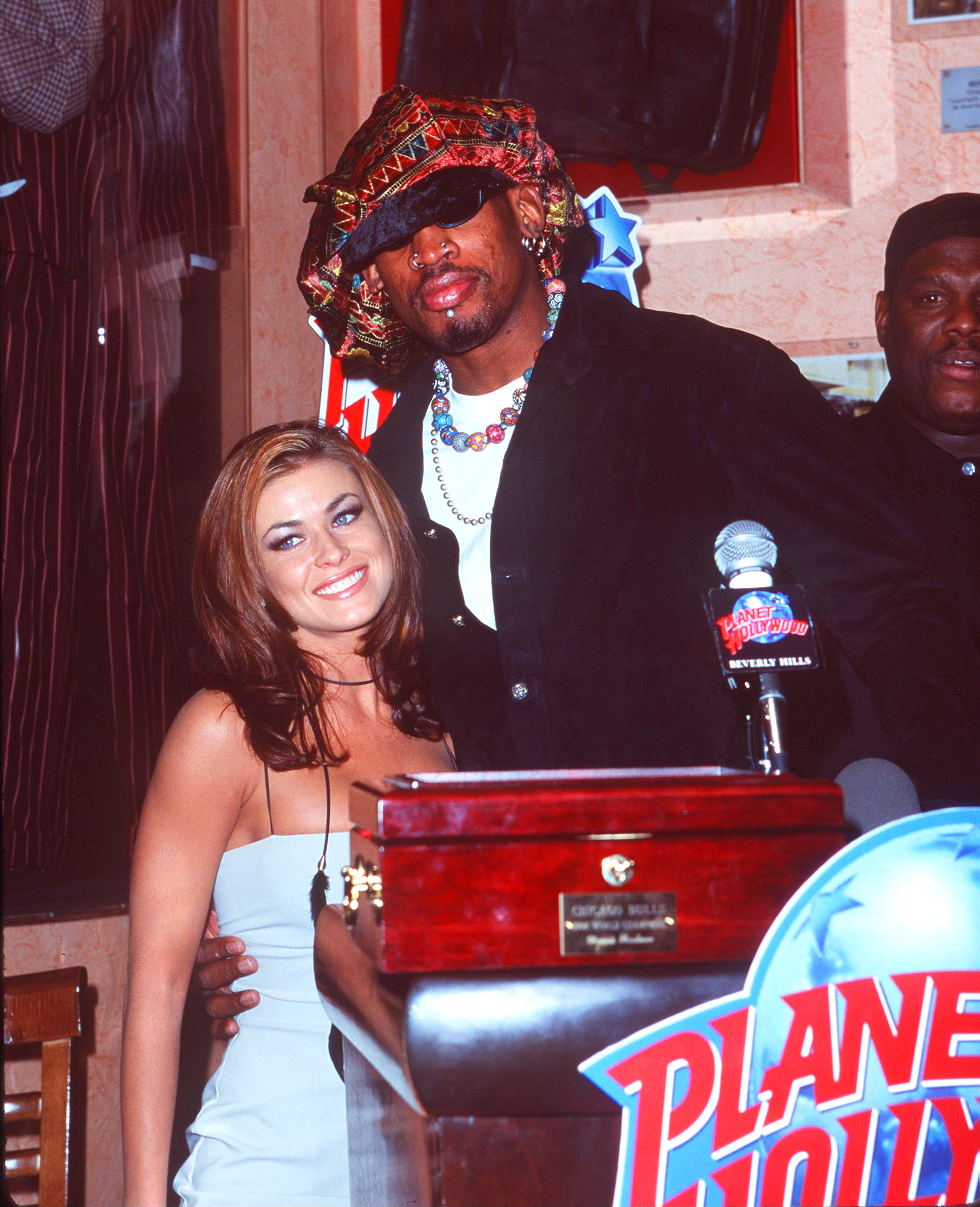 """Hollywoods shortest marriages - The actress and former basketball star said """"I do"""" in November 1998."""