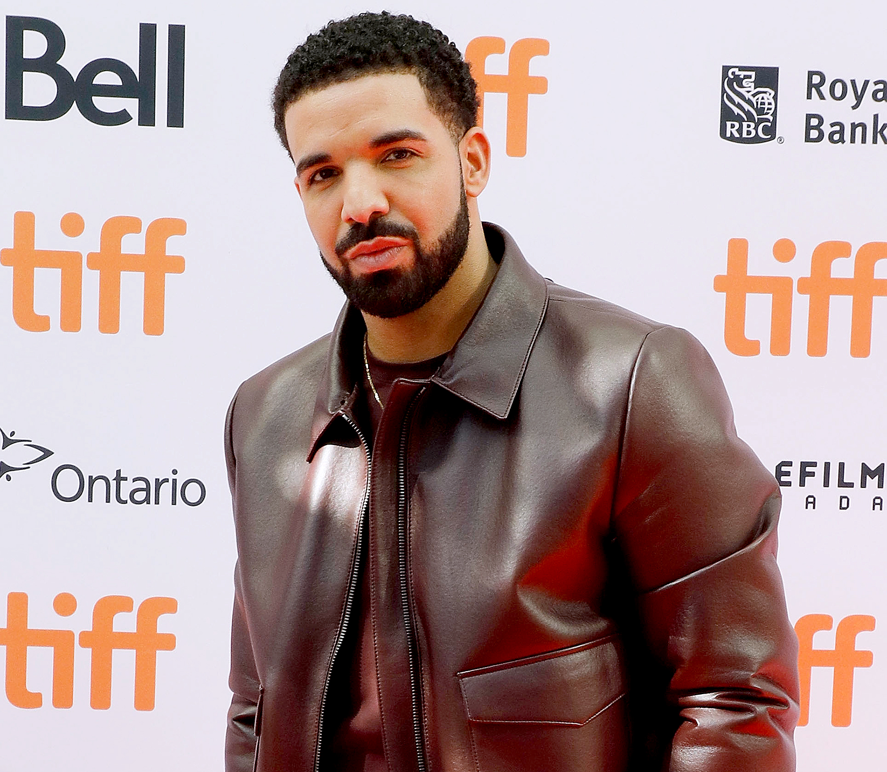 Drake-Is-Financially-Supporting-Alleged-Baby-Mama-Sophie-Brussaux