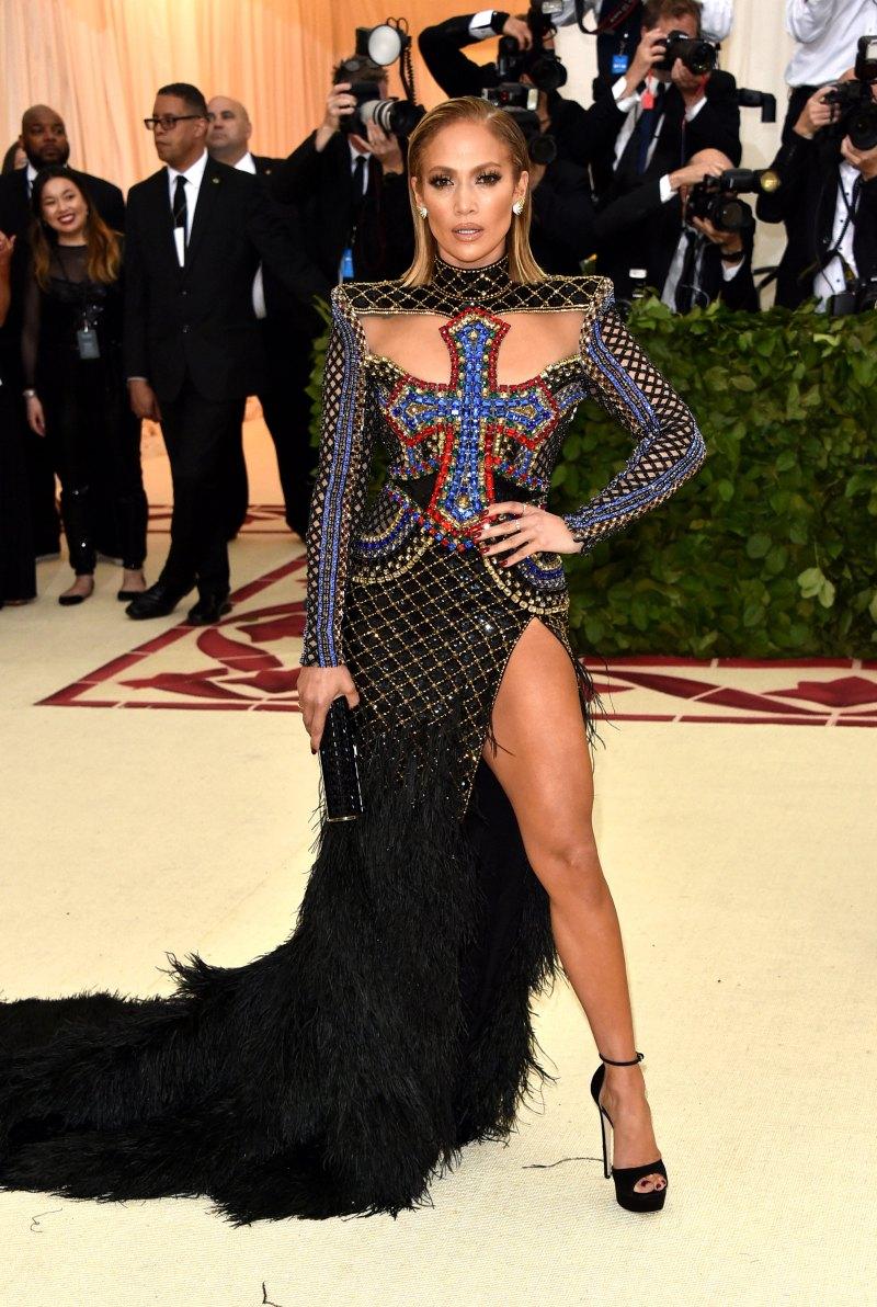 Jennifer Lopez met 18