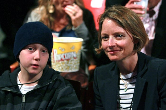 """Jodie Foster (R) and son Christopher """"Kit"""" Foster"""