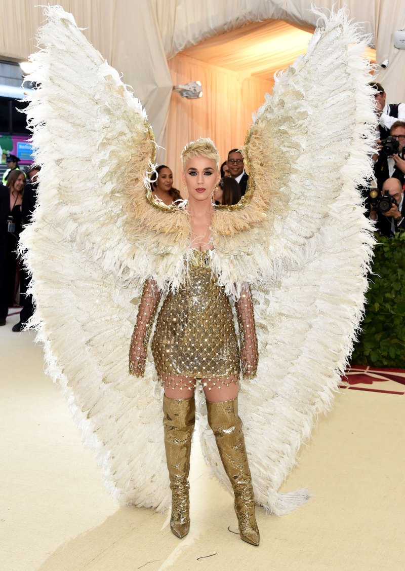 Katy Perry met 18