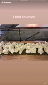 Khloe Kardashian, Mother's Day, Flowers, Instagram