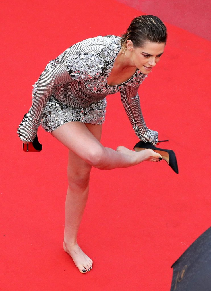 Kristen Stewart Takes Heels Off On 2018 Cannes Red Carpet