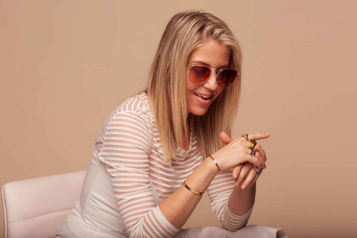 6bb08b1fb3c 4 Sunglass Styles For Summer Festivals According to a Celebrity Stylist