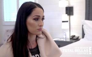 Nikki-Bella-cries