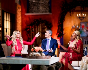 Kim Zolciak and NeNe Leakes with Andy Cohen on 'The Real Housewives of Atlanta' reunion