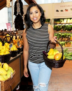 d071e8f211d Ayesha Curry s Restaurant Gets Negative Reviews From Houston Rockets Fans  Before It Even Opens