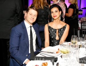 Ben McKenzie and Morena Baccarin attend 2018 Fragrance Foundation Awards at Alice Tully Hall at Lincoln Center on June 12, 2018 in New York City.