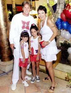 Caitlyn-Kris-Kendall-Kylie-Jenner