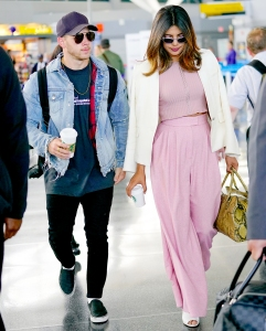 Nick-Jonas-and-Priyanka-Chopra