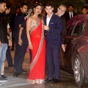 Priyanka-Chopra-and-Nick-Jonas-India