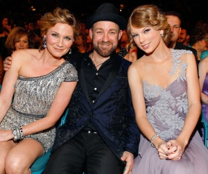 Sugarland, Jennifer Nettles, Kristian Bush, Taylor Swift, Babe, Video