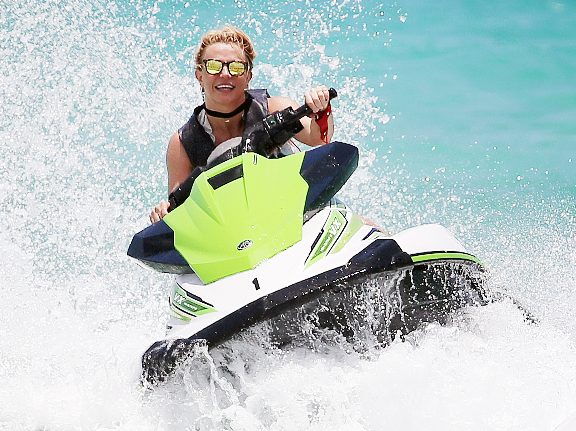 89bd7953c8e Britney Spears Flaunts Bikini Body on Miami Vacation: Pics