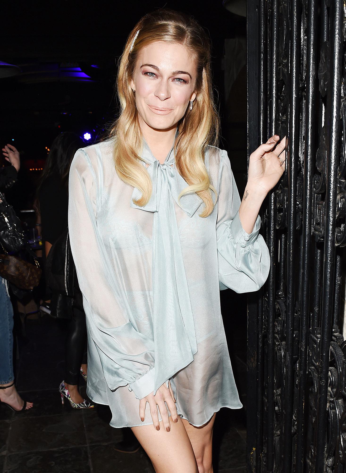 LeAnn Rimes the Abbey nightgown