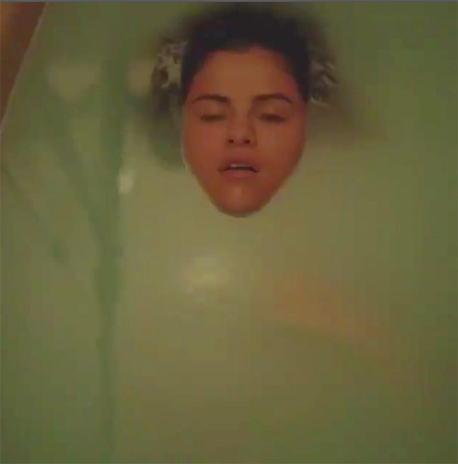 selena-gomez-porn-in-bathtub-home-teen-reality