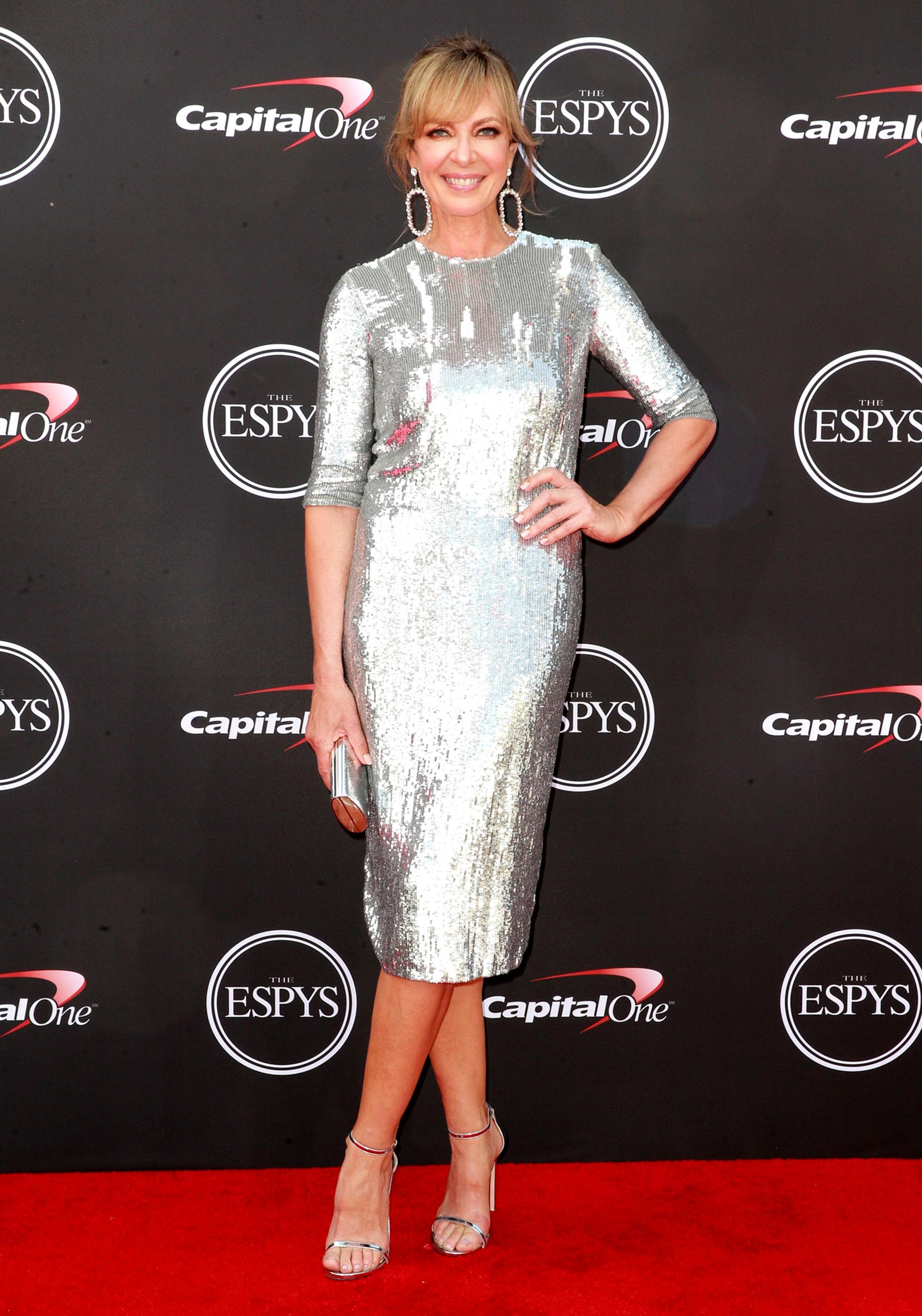 Allison-Janney espys - Wearing a silver sequins Jeffrey Dodd midi and matching metallic sandals.