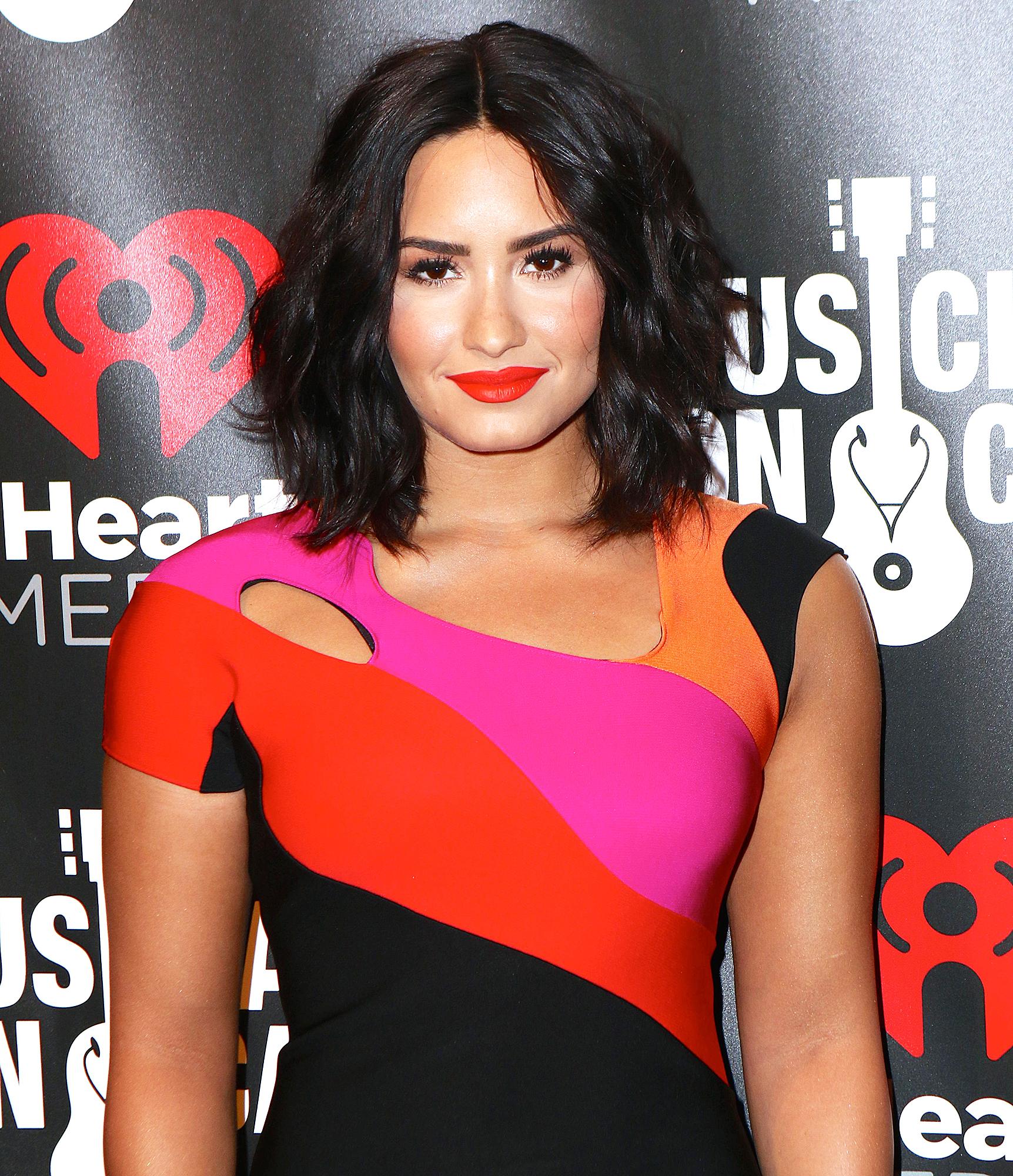 Demi Lovato Hospital Floor On Lockdown