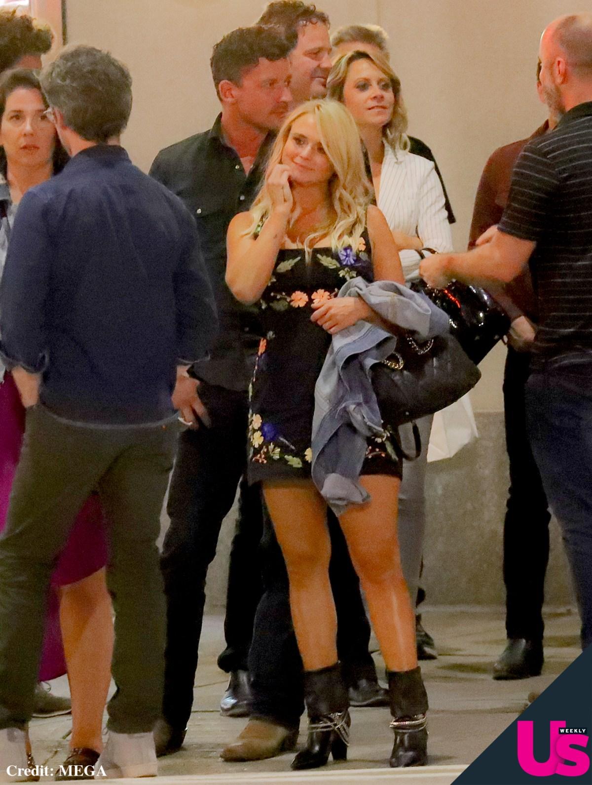 a783cdf1402 Miranda Lambert, Evan Felker Hold Hands in NYC: First Photos