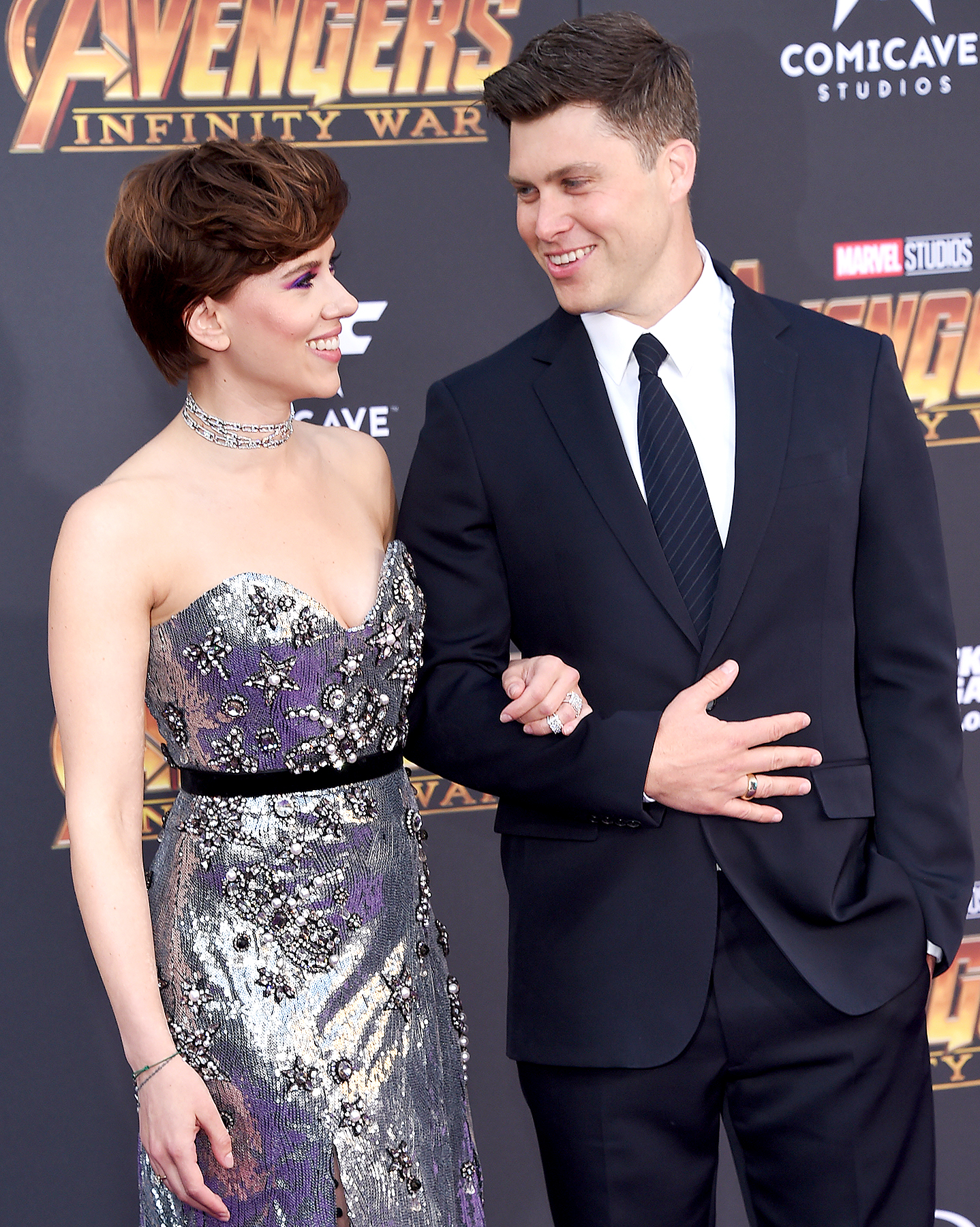 Scarlett Johansson, Colin Jost Get Pranked by Michael Che