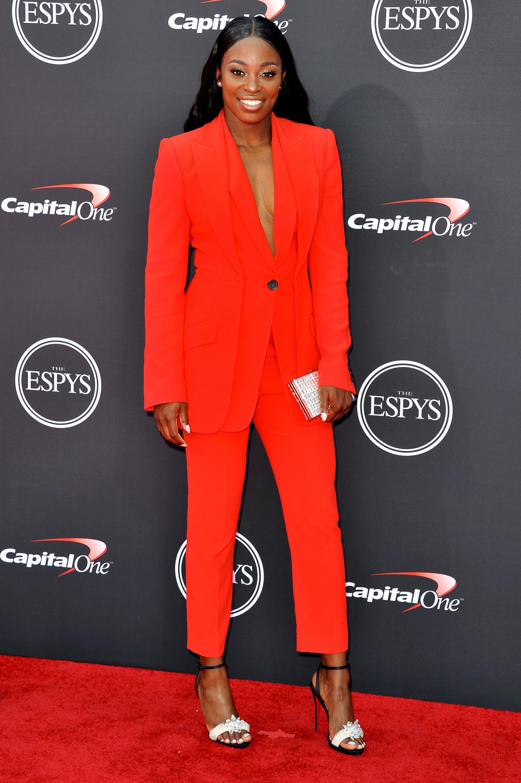 Sloane-Stephens-espys - Wearing a bright red pantsuit and color-block heels.