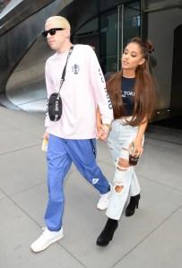 Ariana Grande (R) and Pete Davidson