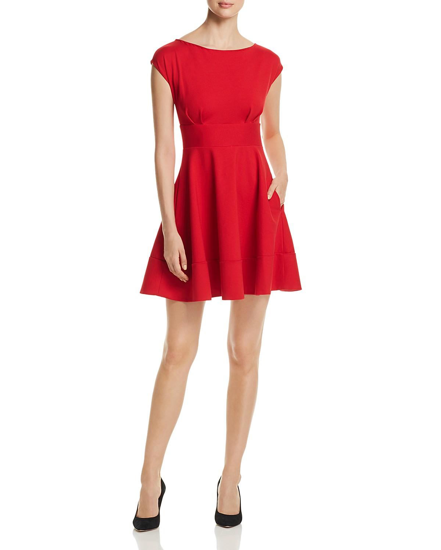 Meghan Markle S Boatneck Dresses Shop Similar Styles