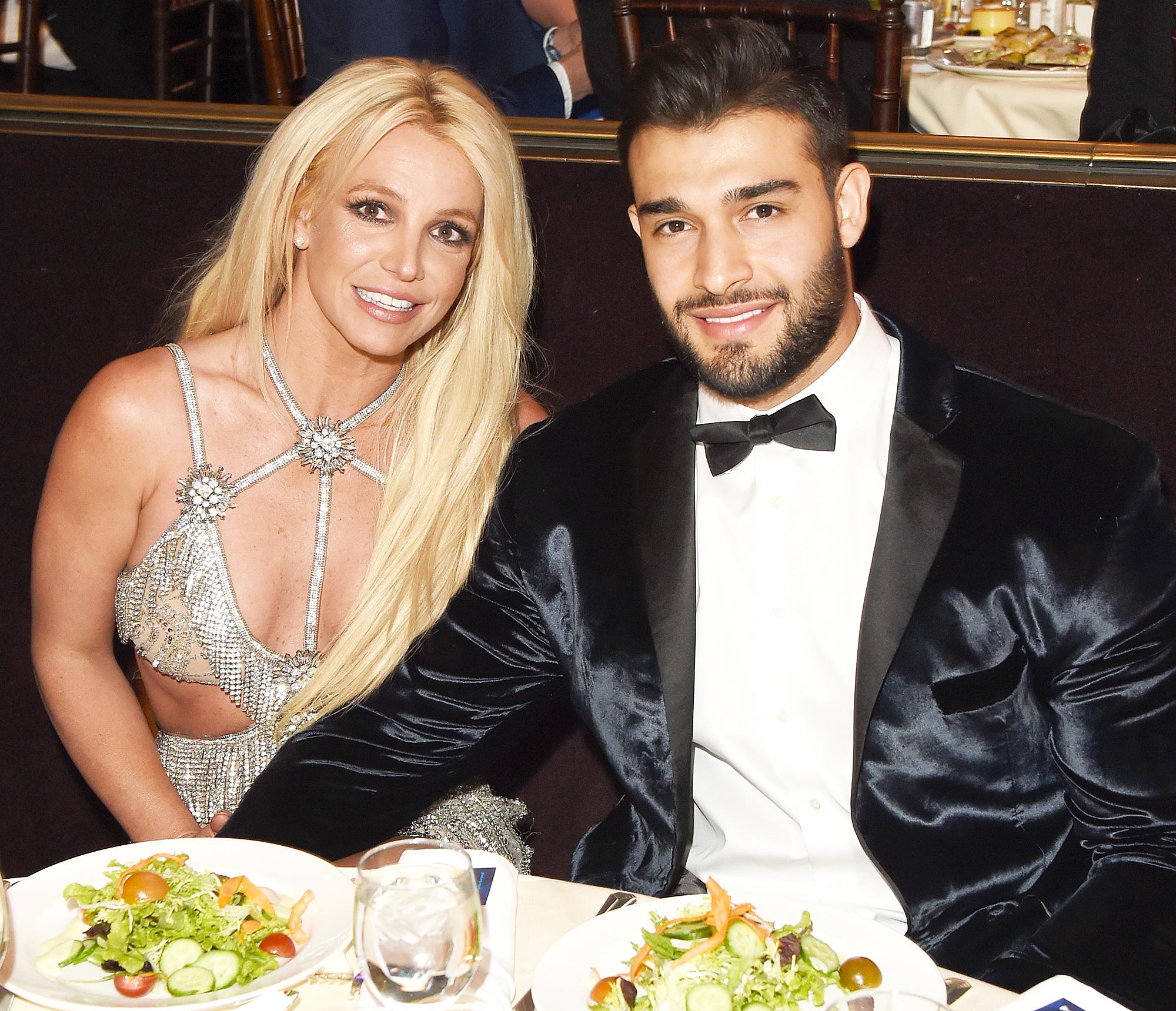 Sam Asghari Britney Spears Sons On Tour