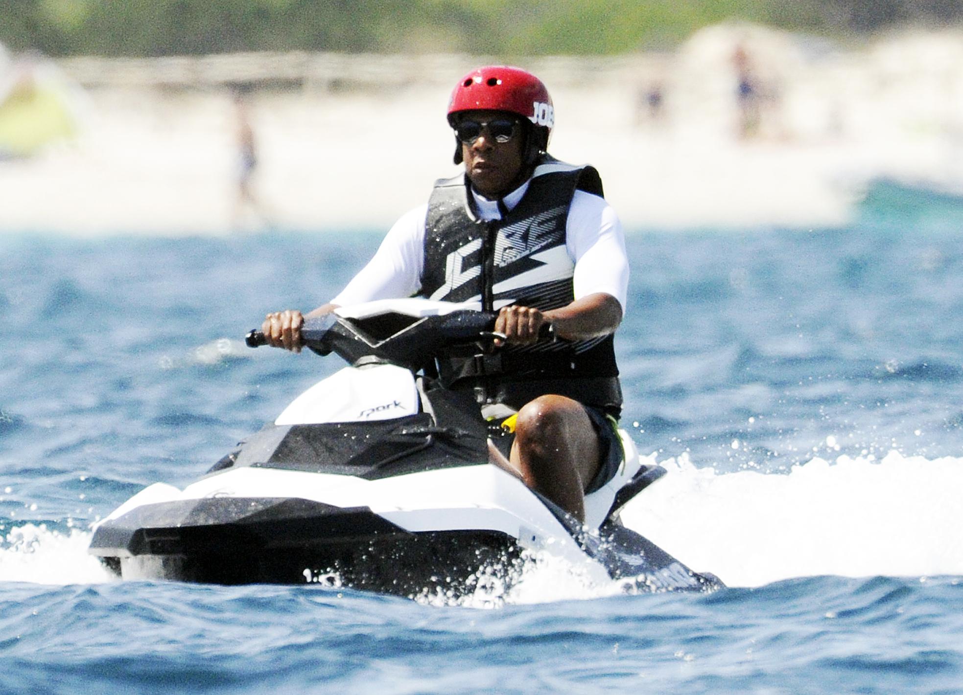 Jay Z jet ski