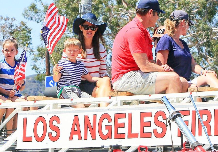 Jennifer Garner Samuel Seraphina 4th of July parade
