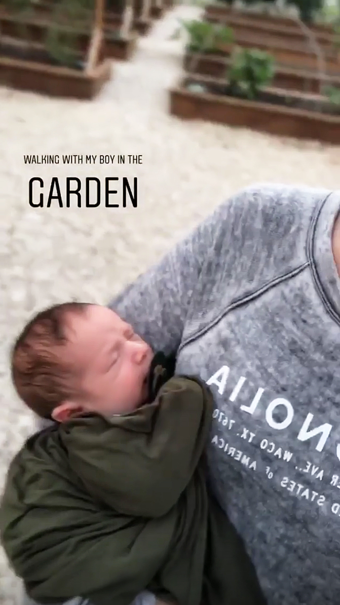 Joanna Gaines Life With A Newborn Baby