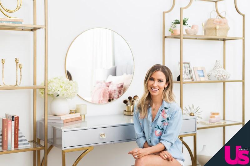 Kaitlyn Bristowe - Shawn Booth - Fan Forum - Media SM - NO Discussion - Page 6 Kaitlyn-bristowe-shawn-booth-revamped-home-vanity-table