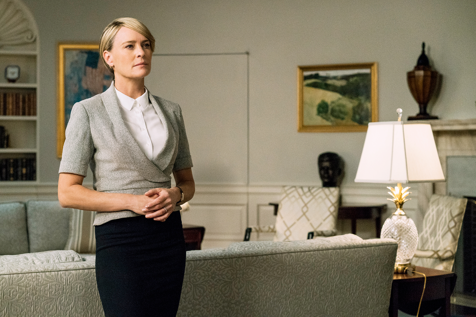 Robin Wright Claire Underwood In Charge House of Cards