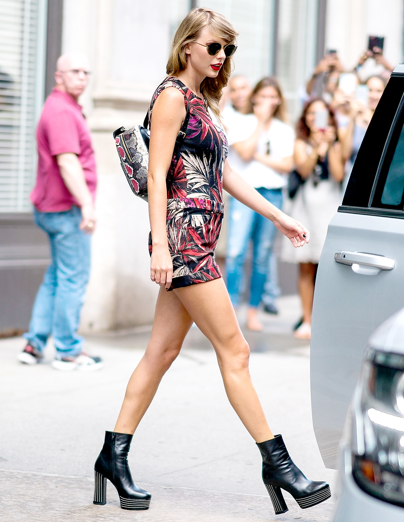 2443a72e4672 Taylor Swift Wears Snake Backpack Two Years After Kim K's Snake Tweet