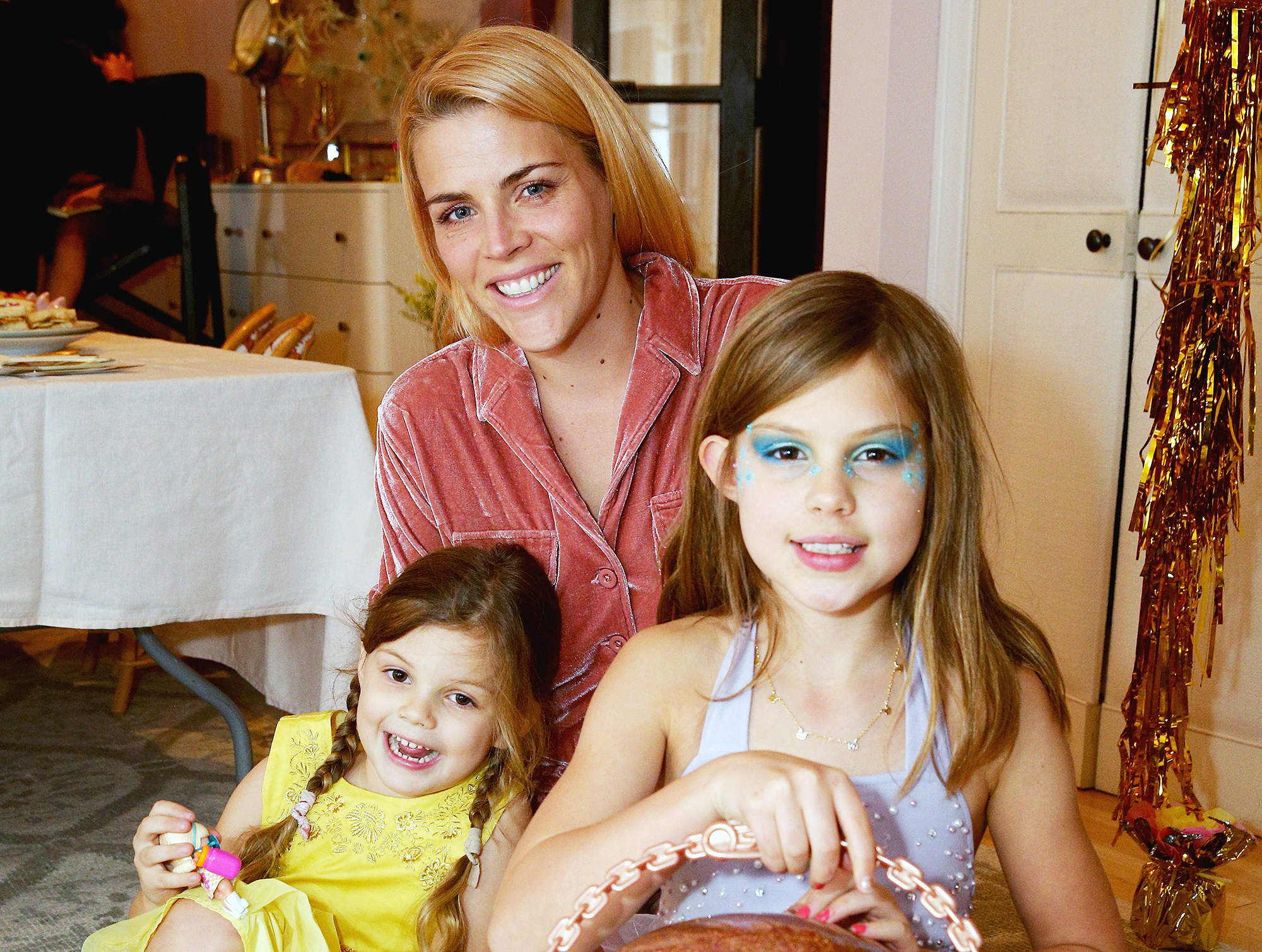 Busy Philipps Daughter Cricket Struggling