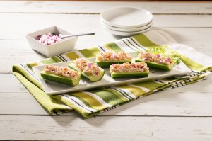 candace cameron bure chicken salad cucumber boats
