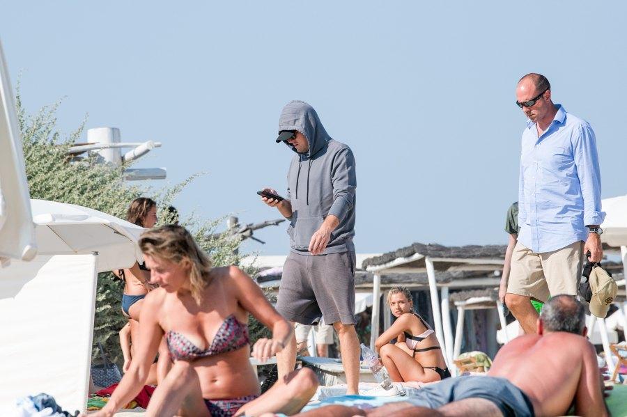 Leonardo DiCaprio hiding in plain sight