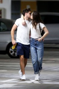 Niall Horan, Hailee Steinfeld Confirm Their Relationship With PDA