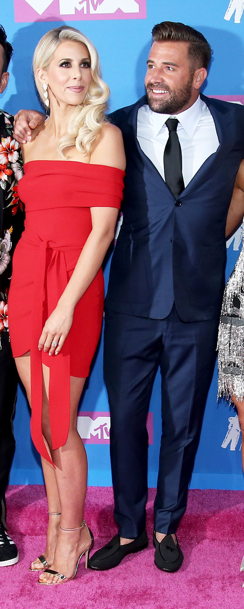 ashley wahler jason wahler the hills new beginning VMAs 2018s - Jason Wahler and wife Ashley Wahler looked happier than ever at the VMAs. Lauren Conrad 's ex battled with alcohol during his time on the original show and revealed in April that he had relapsed.