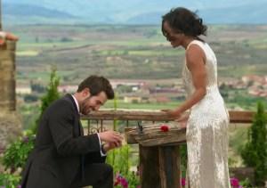 Bryan proposes to Rachel Lindsay.