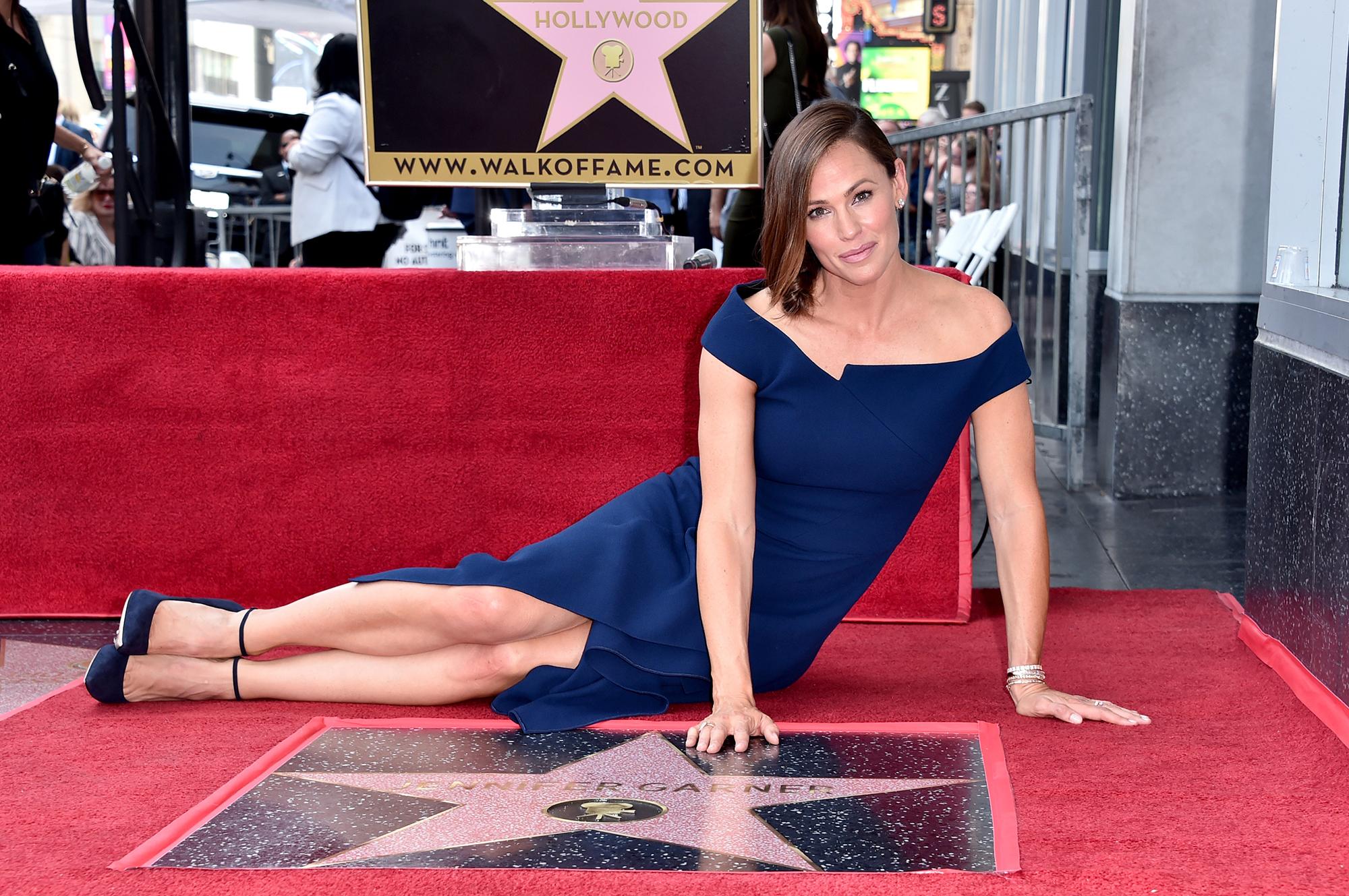 Jennifer Garner Gets Hollywood Walk of Fame Star Amid Ben Affleck