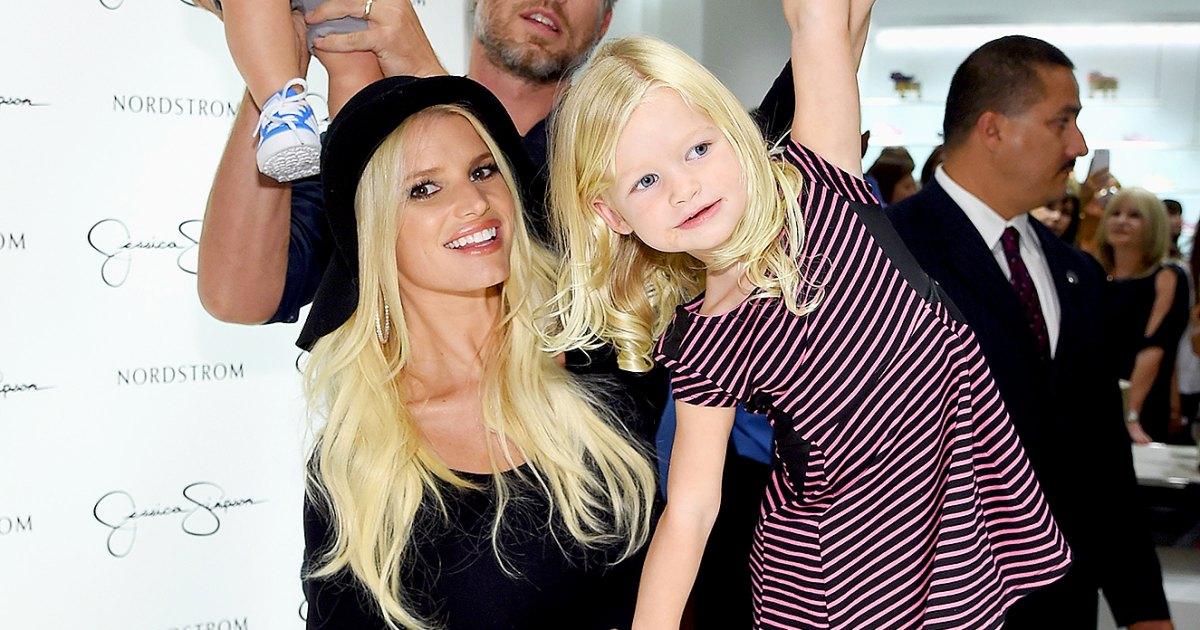 Celebrities Who Had Babies Back-to-Back.jpg