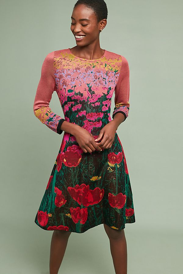 84f24919183 The dress is super sophisticated but has an approachable vibe thanks to  those bright flowers. Wear it with pointed-toe pumps and a lovely top  handle bag for ...
