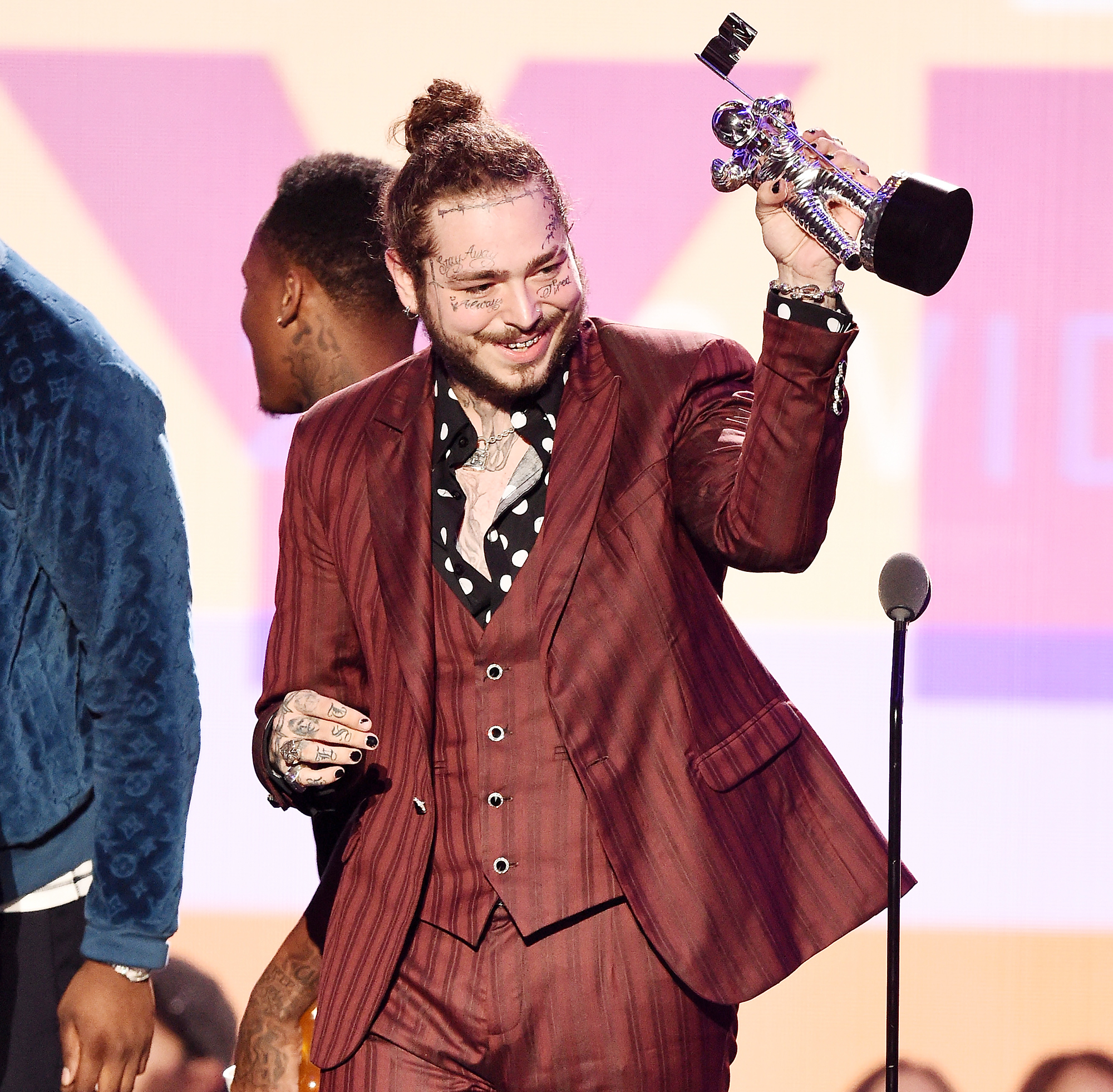 Post Malone Plane Scare Twitter Death Wishes