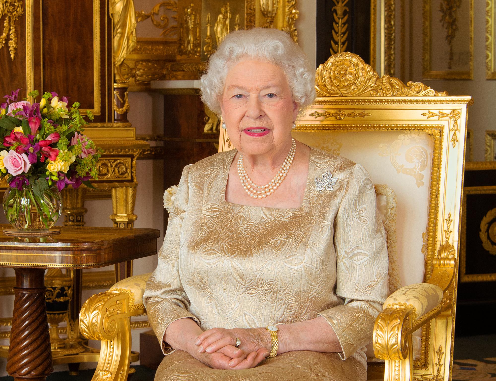 Картинка королевы елизаветы