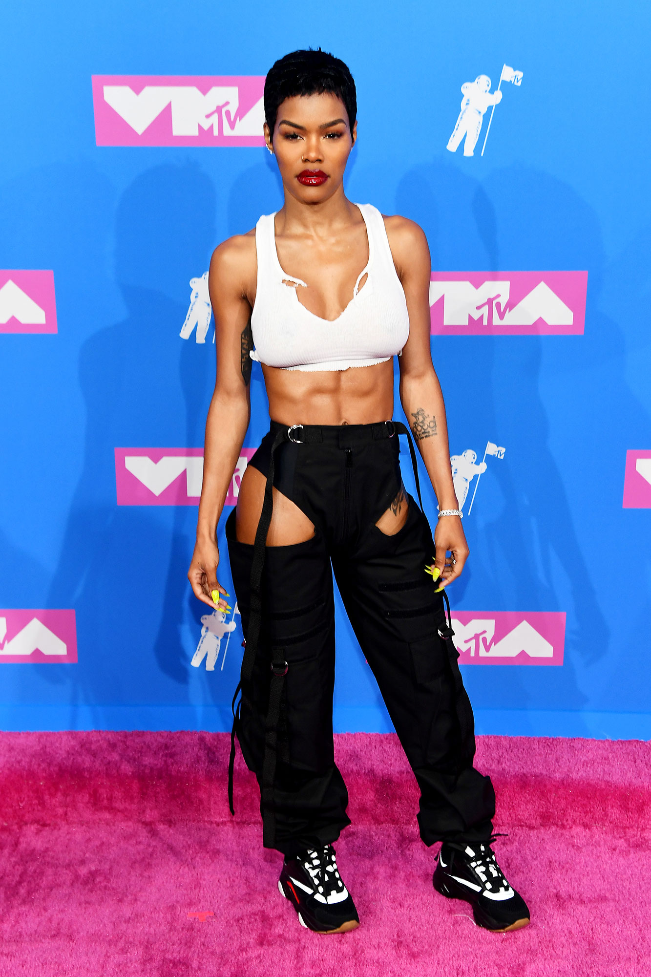 teyana taylor abs VMAs 2018 - Teyana Taylor attends the 2018 MTV Video Music Awards at Radio City Music Hall on August 20, 2018 in New York City. (Photo by Nicholas Hunt/Getty Images for MTV)