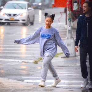 Ariana Grande Steps Out With Friends After Mac Miller's Death